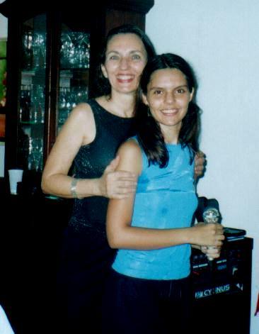 Fotos do aniv. de 1 ano do Grupo de Dança Julia de Athayde juntamente com o aniv. da profa Marisa