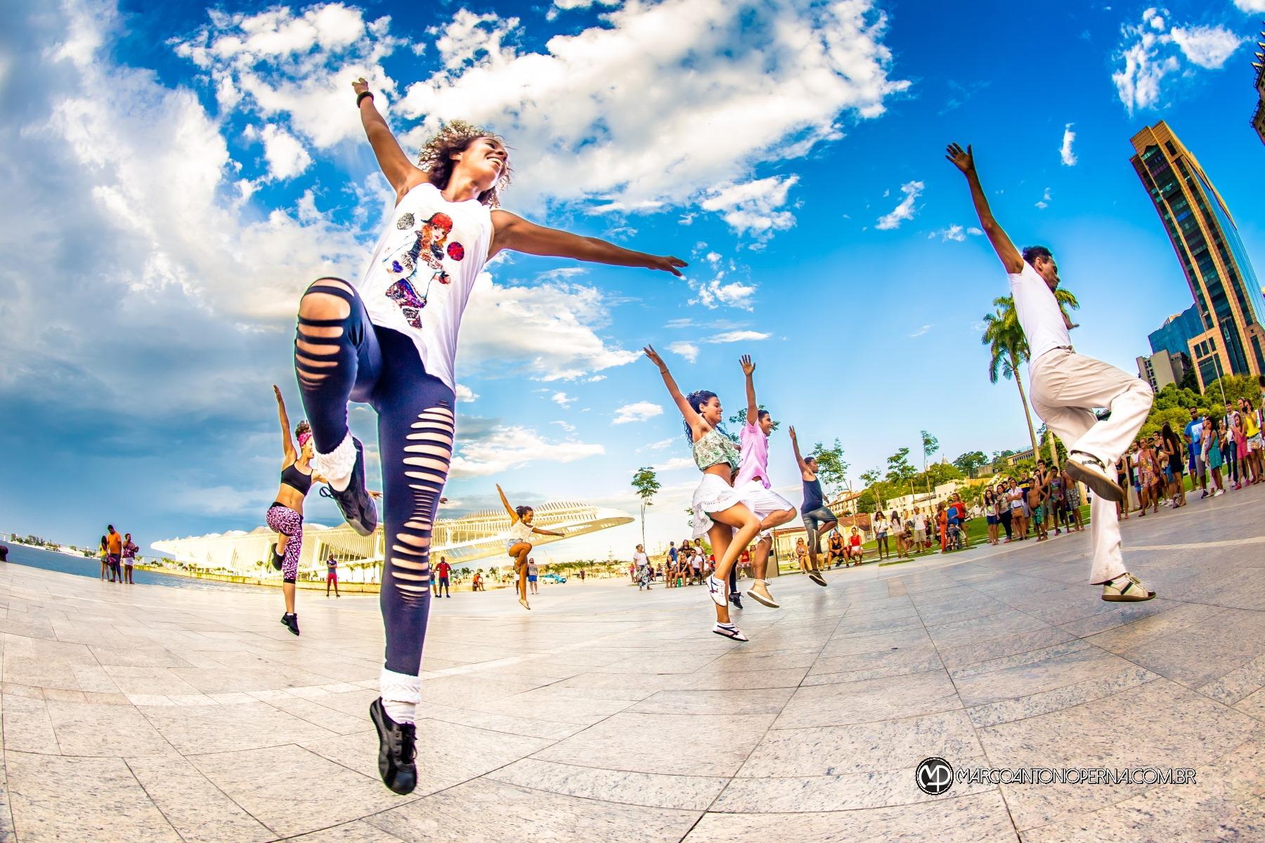 Flashmob da Cia Aérea de Dança no Museu do Amanhã - 20160227