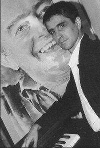 Concedida a Marco Antonio Perna em 21/05/1999. Aguinaldo (Gui) Tavares, nascido no final dos anos 50, começou na informática até que a trocou pela música, paixão que vinha desde...